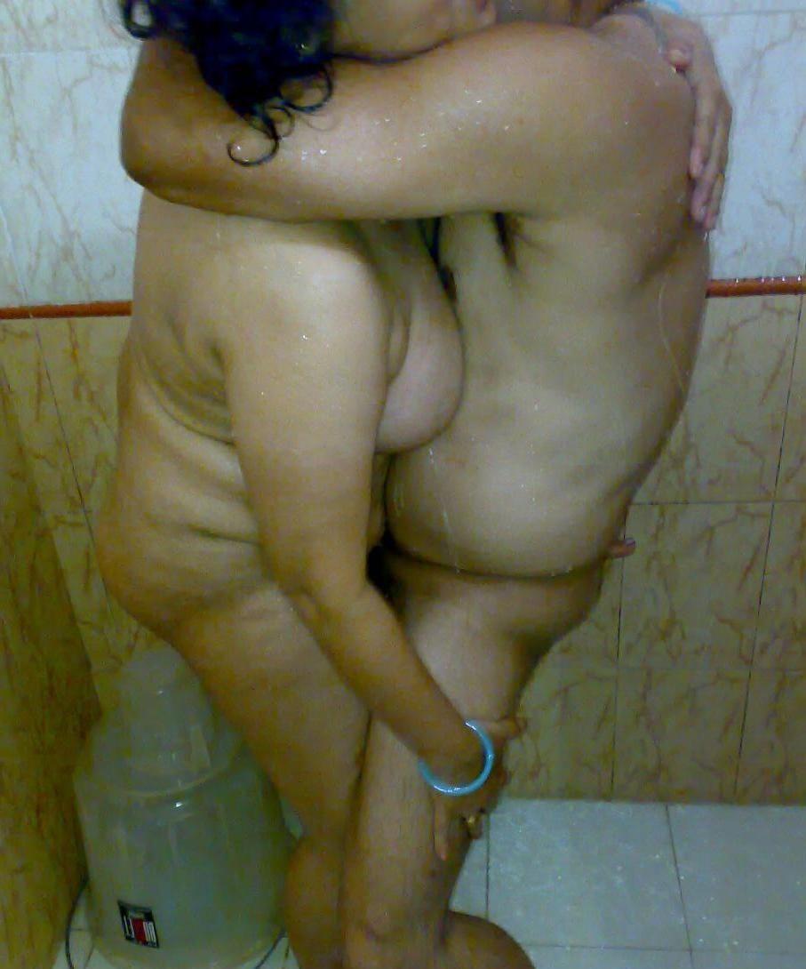 Of Naked Aunty Indian Girl Posing Nude For Boyfriend Pics Rainpow