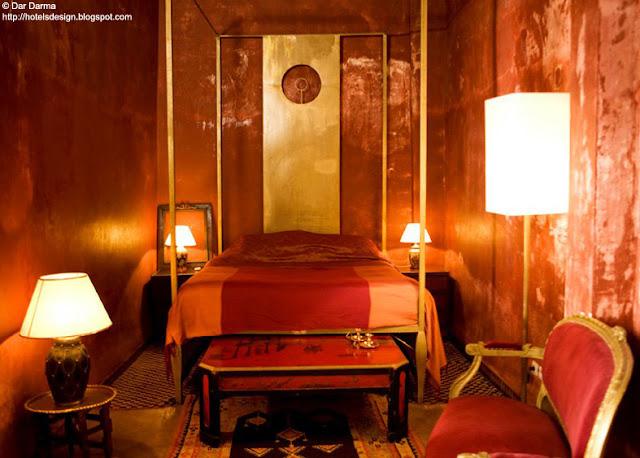 Les plus beaux hotels design du monde riad dar darma - Marocchine a letto ...