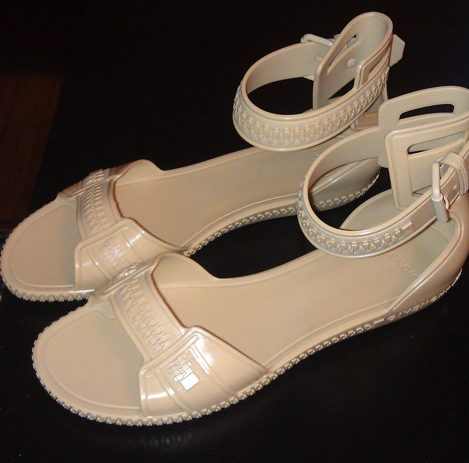 Givenchy Shoes Women Sfit
