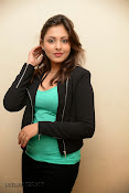 Madhu Shalini Glam pics at Citizen Audio-thumbnail-18