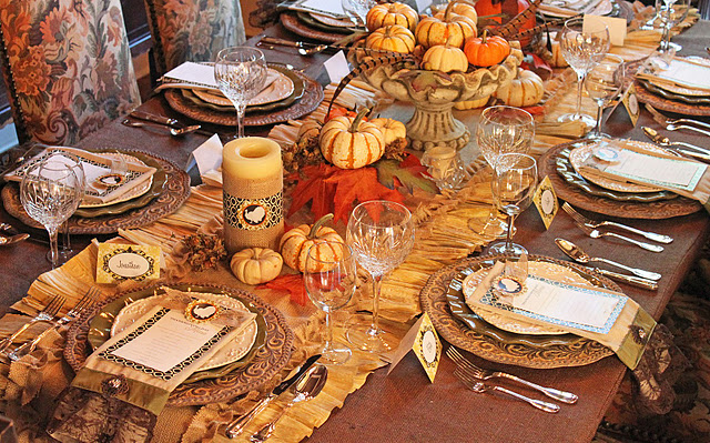 11 Thanksgiving Table Setting Ideas Directions On How To