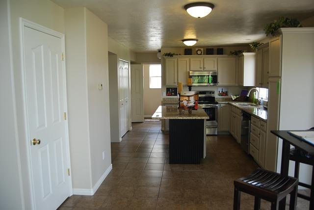 Quanto costa arredare casa spendere meno spendere meglio basta sprechi affari miei - Arredare la casa con pochi soldi ...