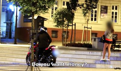 Tamparan Keras Buat Para Cewek Matre, Biker Ini Membuat Malu Satu Cewek Matre