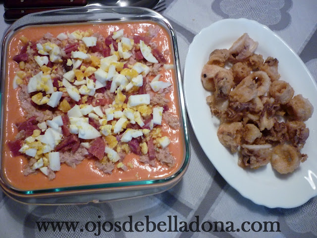 Porra Antequerana y calamares fritos (Málaga)