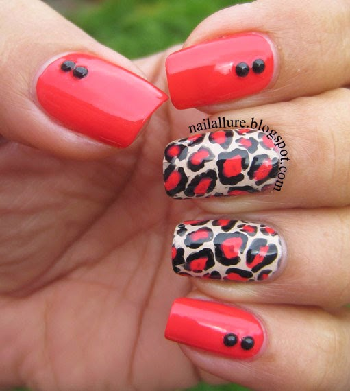 Coral Leopard Print Nails