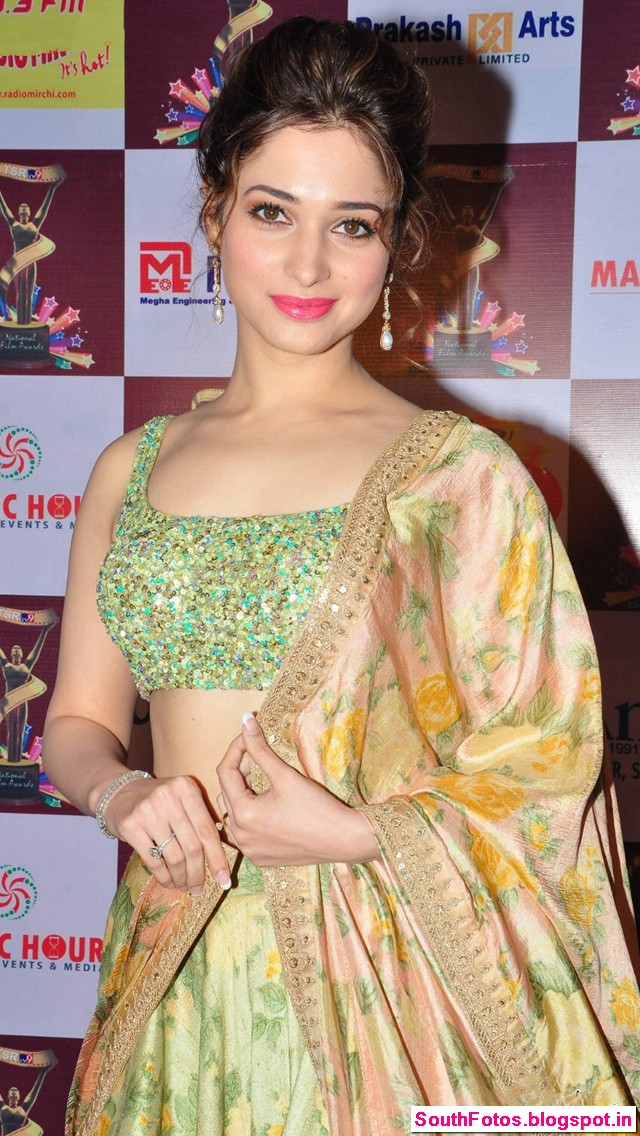 Tamannaah Bhatia Latest Hot Pics