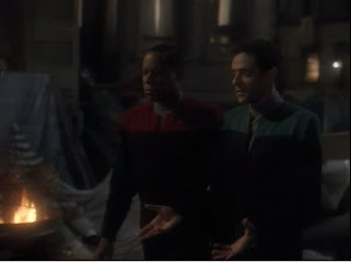 Sisko and Bashir (Avery Brooks and Alexander Siddig)
