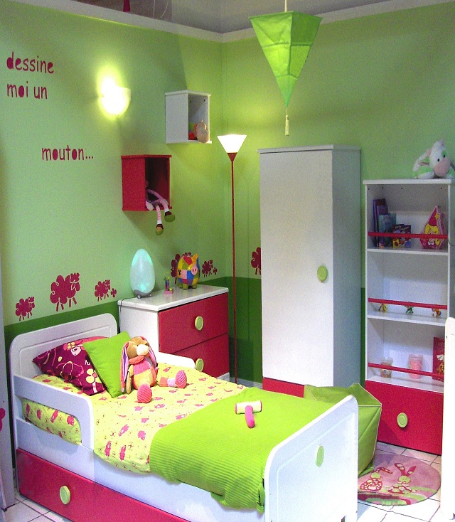 Dco chambre fille 4 ans d coration chambre fille ans for Decoration chambre fille 4 ans