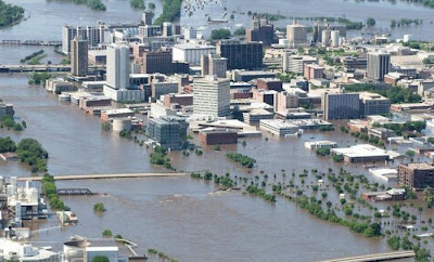 Flooding in Iowa (2008)