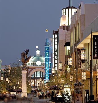 Oct 09,  · The Grove is a popular fashion and lifestyle destination which has the best of shopping, dining, and entertainment in Los Angeles. After our long flight from India to LA, this was our first destination to visit in LA/5(K).