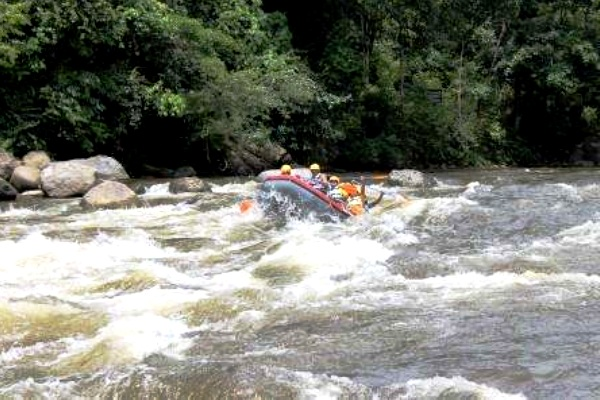 Rafting on the Alas River, Aceh. AeroTourismZone