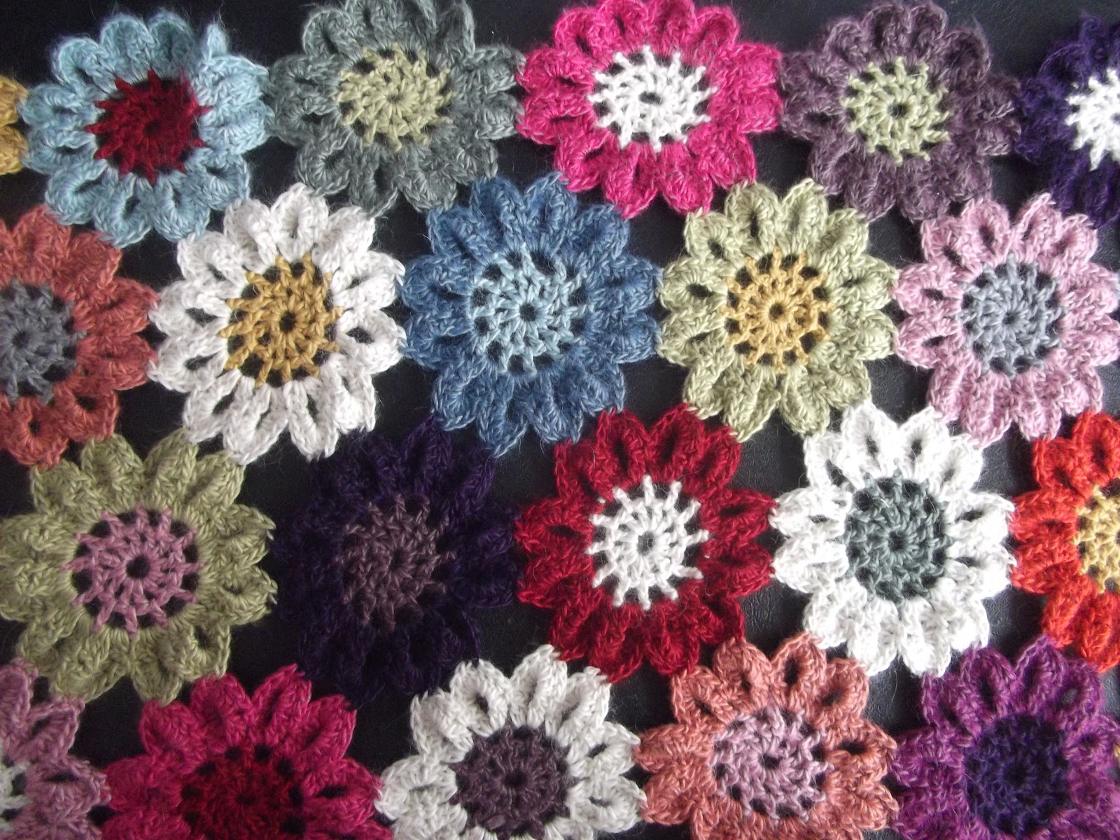 Free Crochet Pattern Japanese Flower : 403 Forbidden