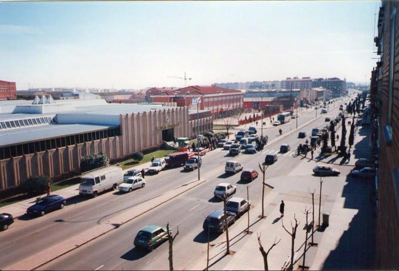 Antiguo Merca 80 en lo que hoy es el centro Comercial Los Cipreses