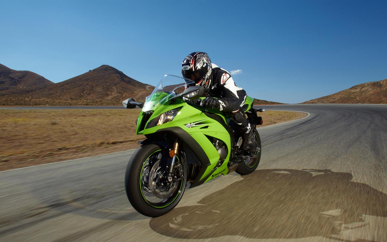 http://4.bp.blogspot.com/-w93HbE18eNI/ULs8FsUvqeI/AAAAAAAAXlc/4G-KsaCYqks/s1600/Kawasaki+Ninja+ZX-10R+7.jpg