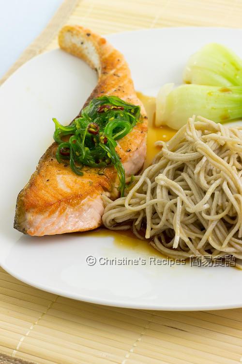 三文魚拌蕎麥麵 Salmon Soba01
