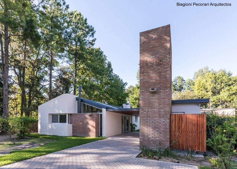 Arquitectura de casas casa de campo de ladrillos ampliada for Casa minimalista argentina