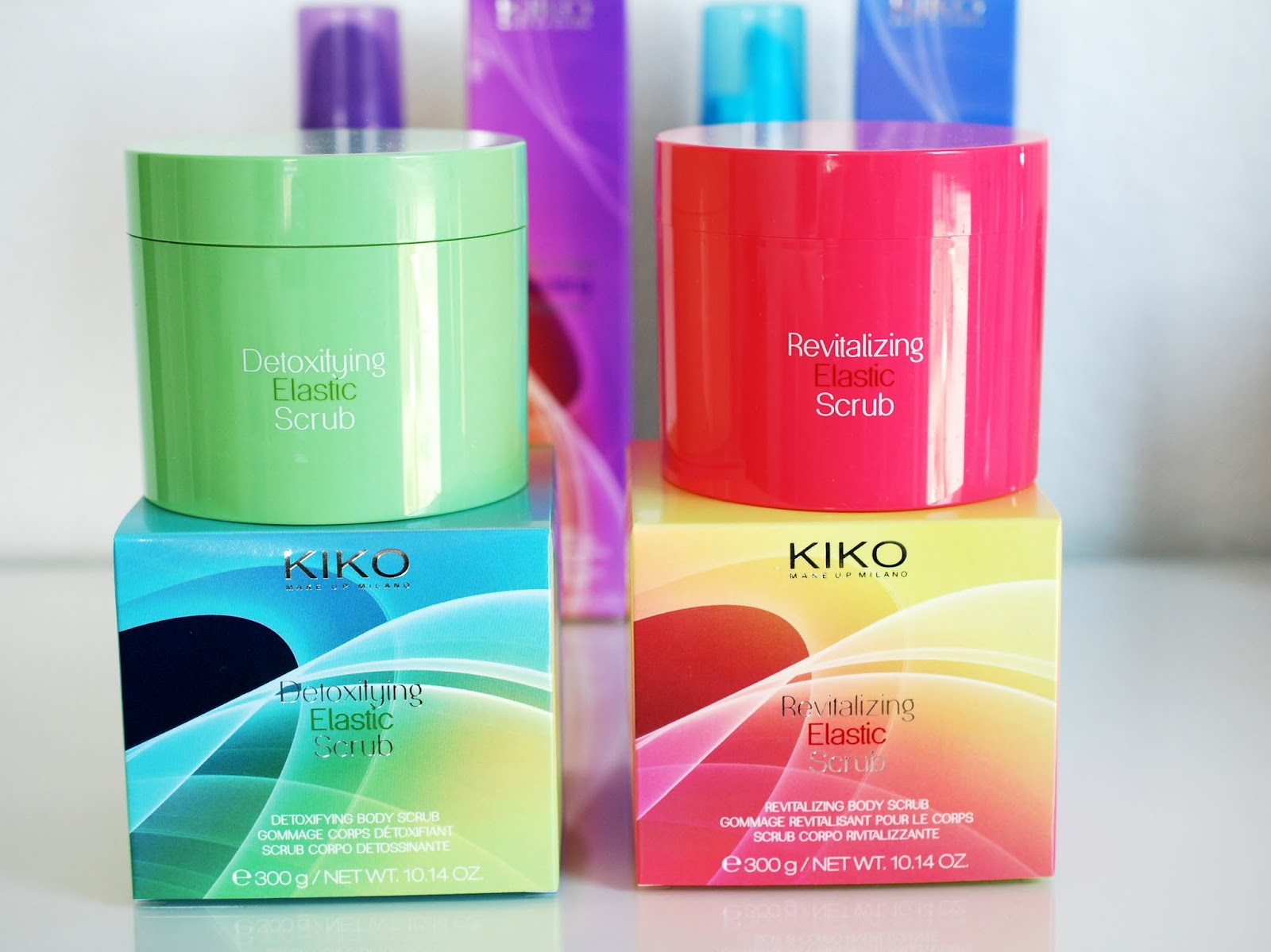 Revitalizing Elastic Scrub und Detoxifying Elastic Scrub Kiko Scented Technology