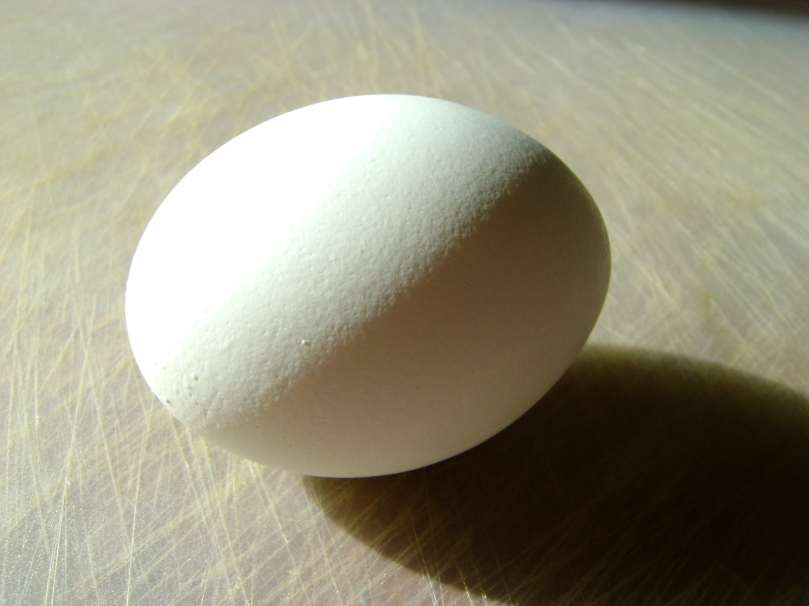 Daily Mixed Bag: Easy Way to Peel a Hard Boiled Egg