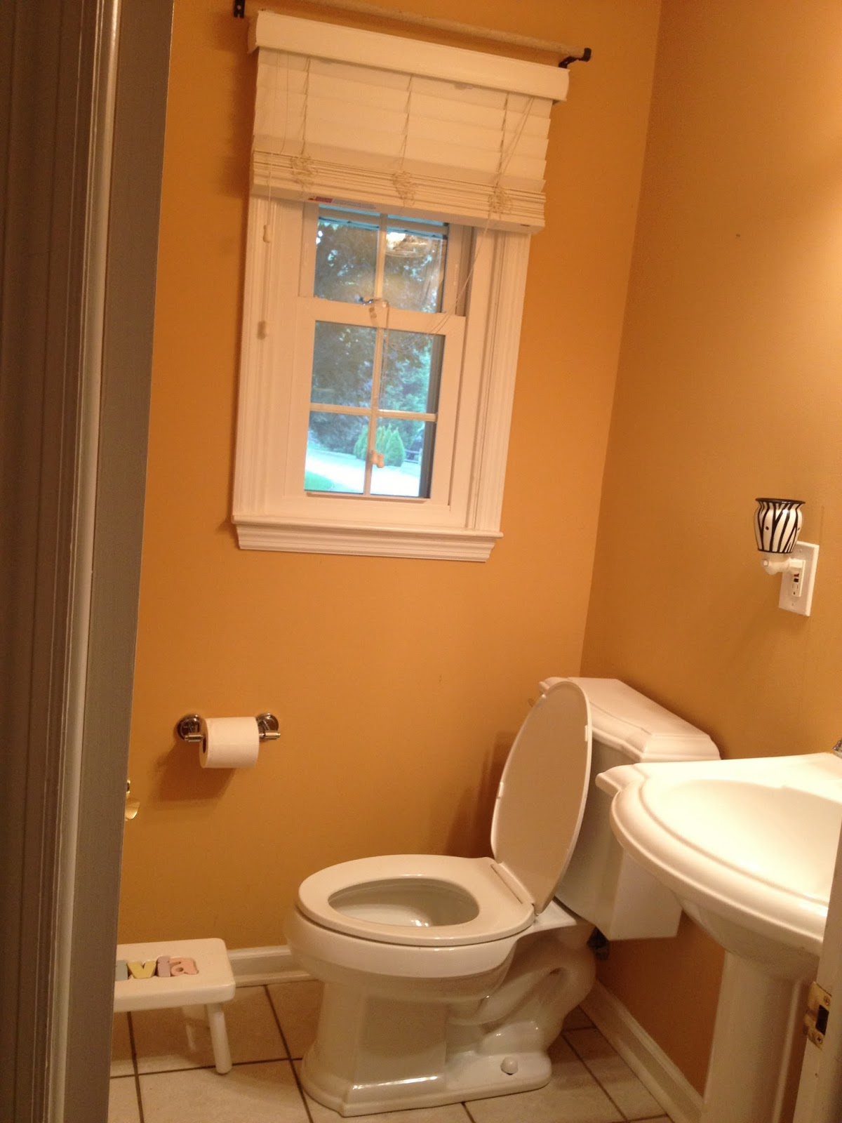 Small Bathroom Color Ideas On A Budget two it yourself: reveal: $100 small bathroom makeover!!! (tons of
