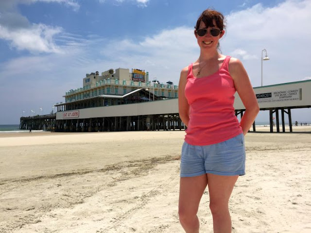 What's So Great About Florida Anyway P2 | Morgan's Milieu: Don't miss Joe's Crab Shack on the Pier at Daytona Beach