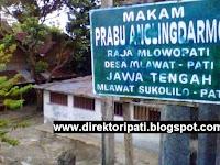 Mengunjungi Makam Angling Dharma