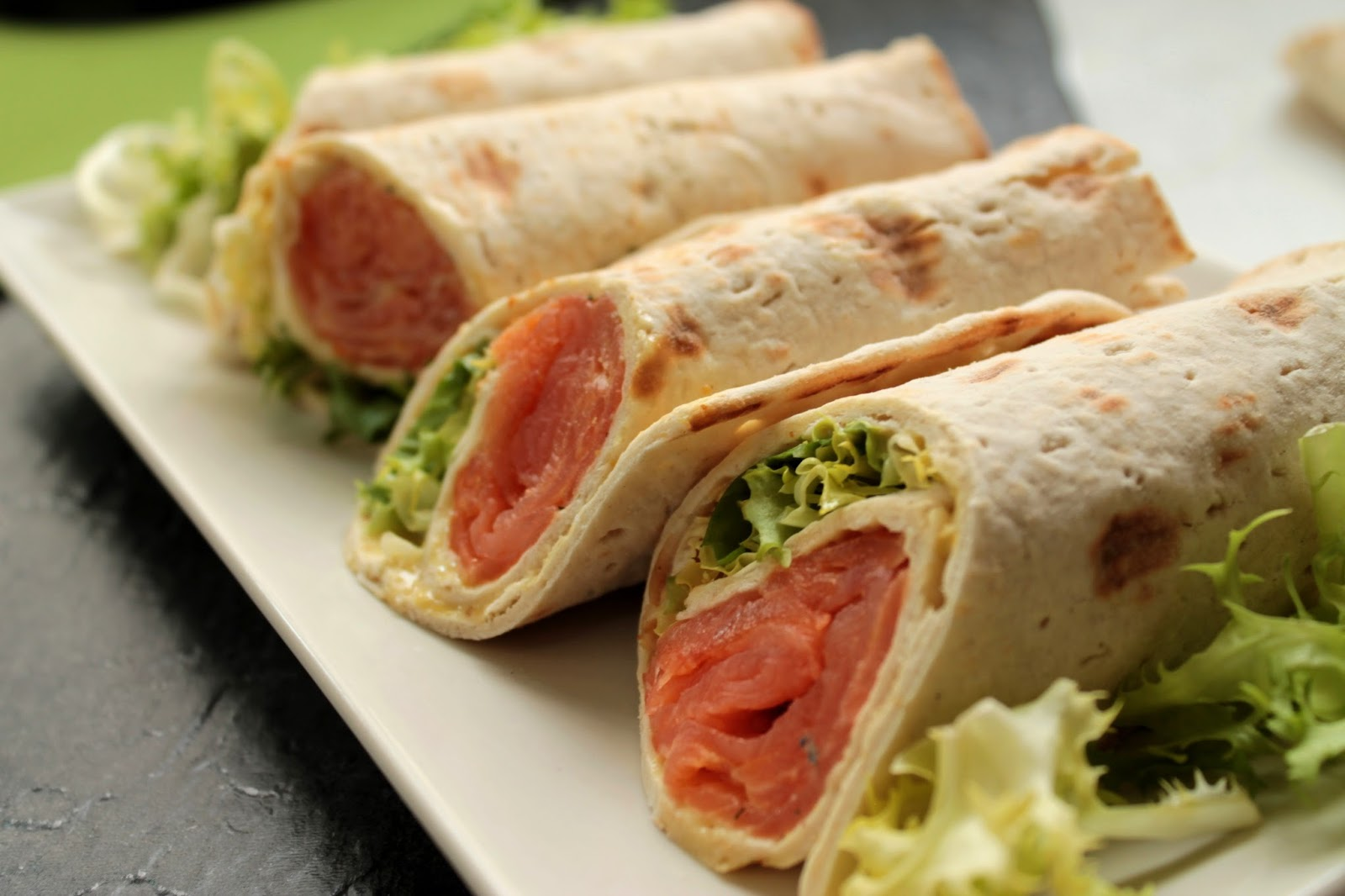 Rollitos de salmón (IKEA) Salmon rolls