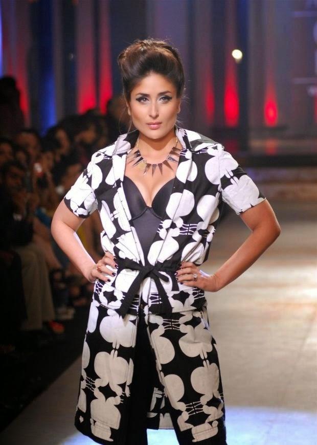 Kareena Kapoor Khan Hot pics in tight underwear exposed cameltoe pics on ramp