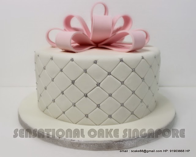 Pink Bow Single Tier Wedding Cake Grid Design Top