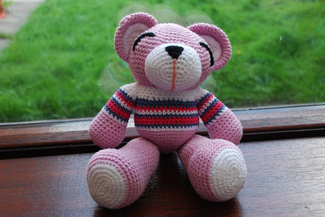 image of pink crochet bear
