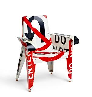 Sillas con Señales de Tránsito, Metal Reciclado, Muebles Ecoresponsables