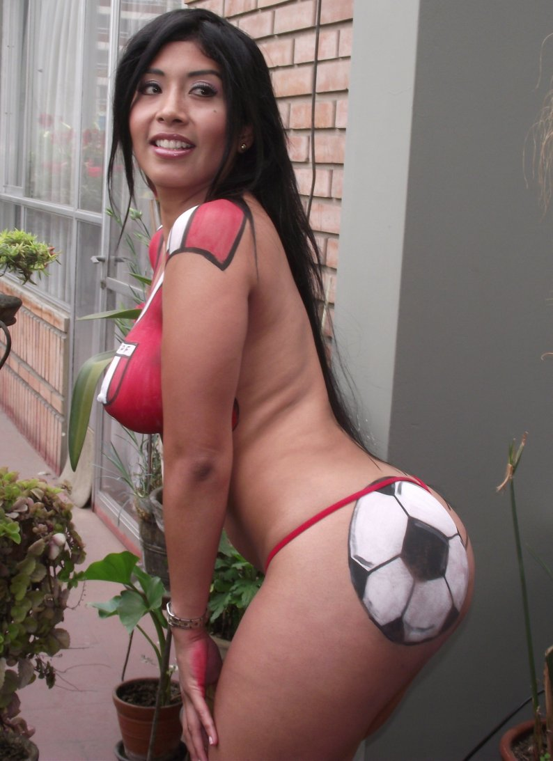 http://4.bp.blogspot.com/-wArC3Nc4lNc/TsBzxg3MoyI/AAAAAAAANRI/_GR8LOuEqIc/s1600/Irina+Grandez+-Lima+vedettes+%25286%2529.jpg