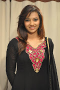 Actress Isha Chawla Latest Images Gallery
