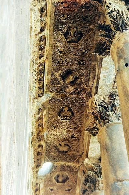 Baalbek-Temple-of-Bacchus DYONHSOS
