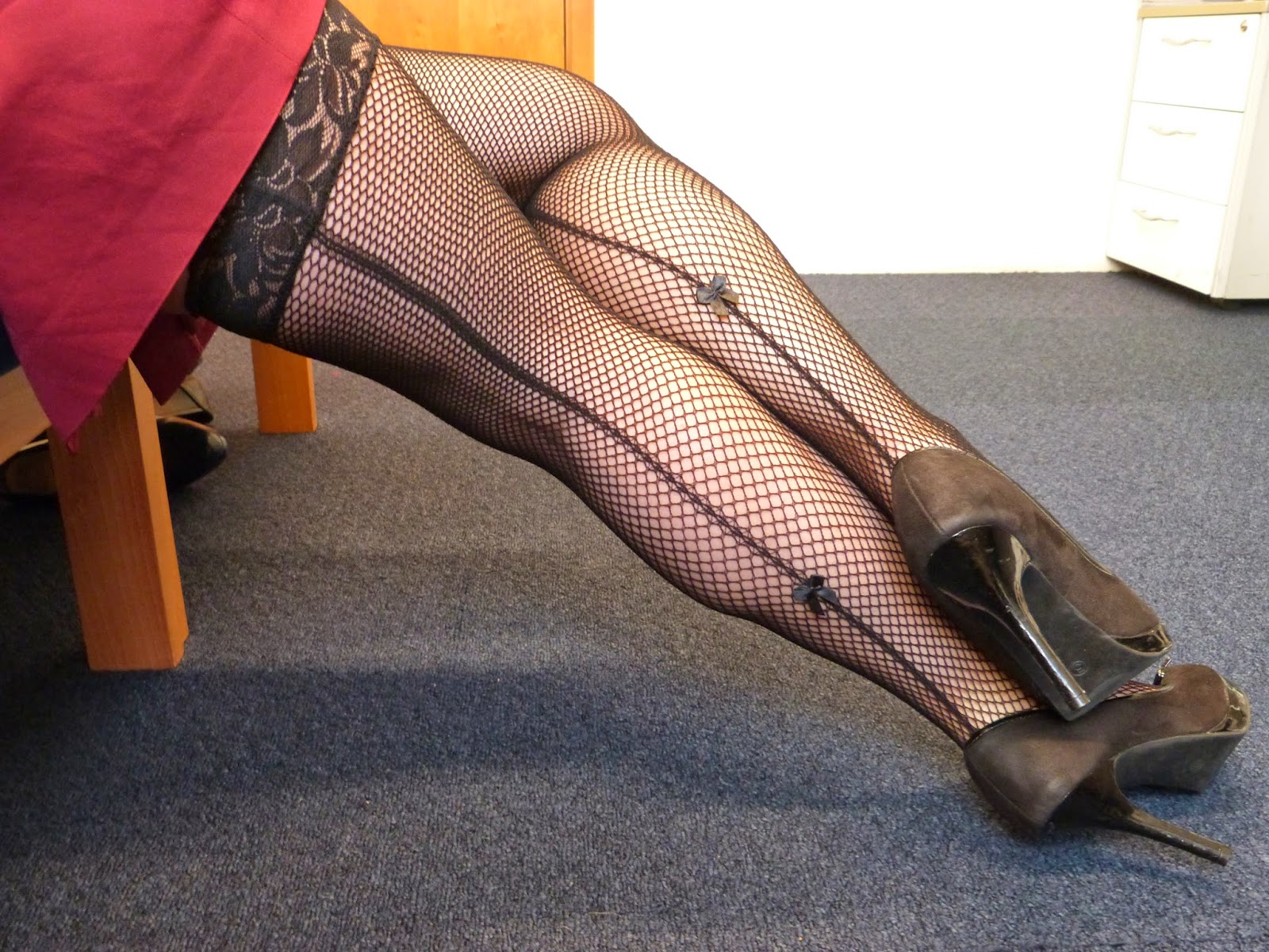 seamed hold up stockings