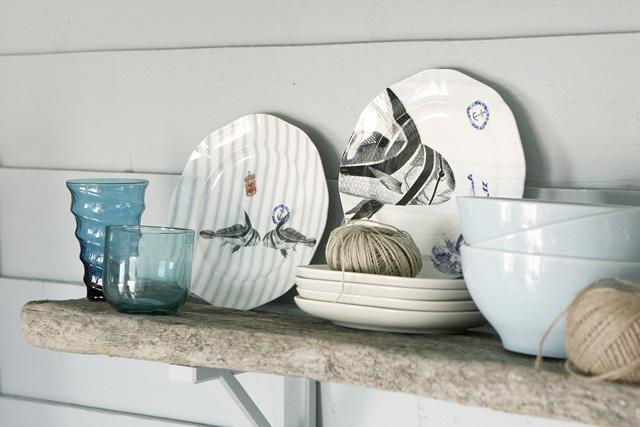 decoracion  interior en un refugio - detalle vajilla ceramica