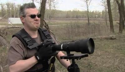 Jurugambar berperang menggunakan kamera