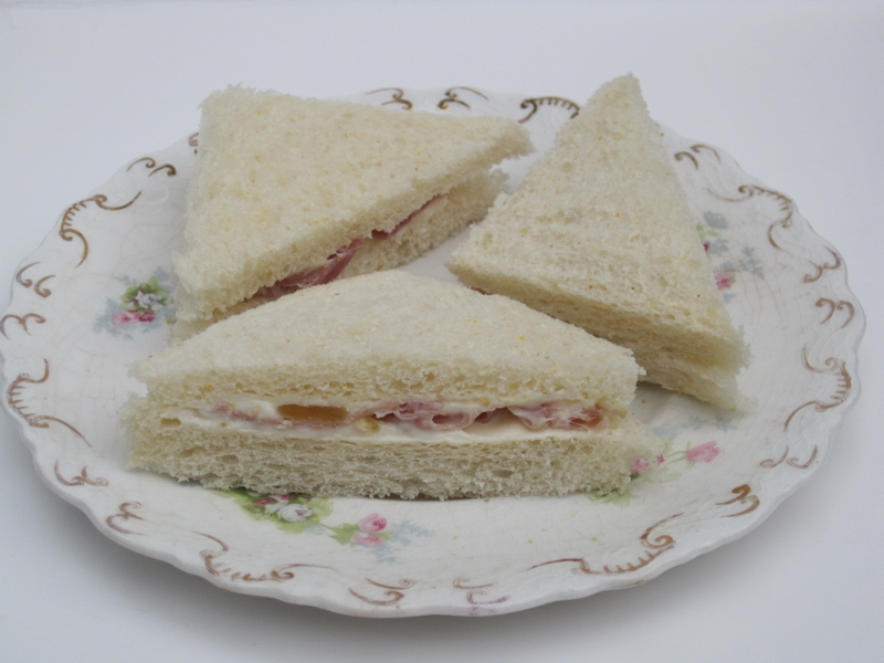 Tea With Friends: Tea Sandwich Saturday #17 - Fig & Prosciutto