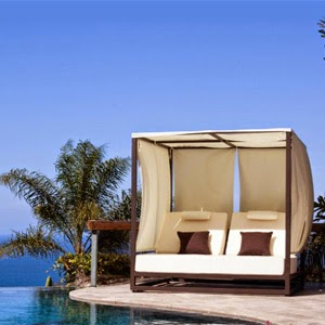 Outdoor Day Beds
