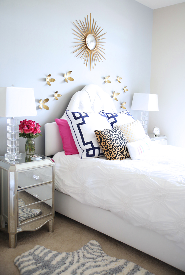 Love this bedroom that belongs to Caitlin of Southern Curls and Pearls blog!