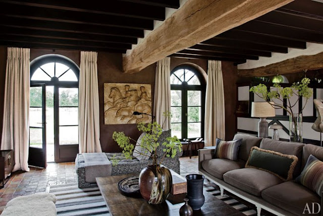 blog.oanasinga.com-interior-design-ideas-rustic-sophisticated-living-room-france-jean-louis-deniot