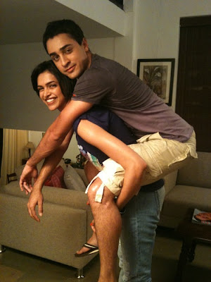 Deepika Lifting Imran