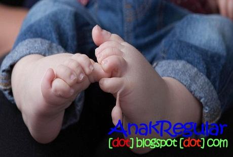 Kasihan Bayi Ini Terlahir Dengan 12 Jari Tangan Dan Kaki