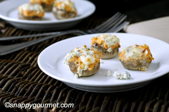 buffalo chicken stuffed mushrooms-tailgating food