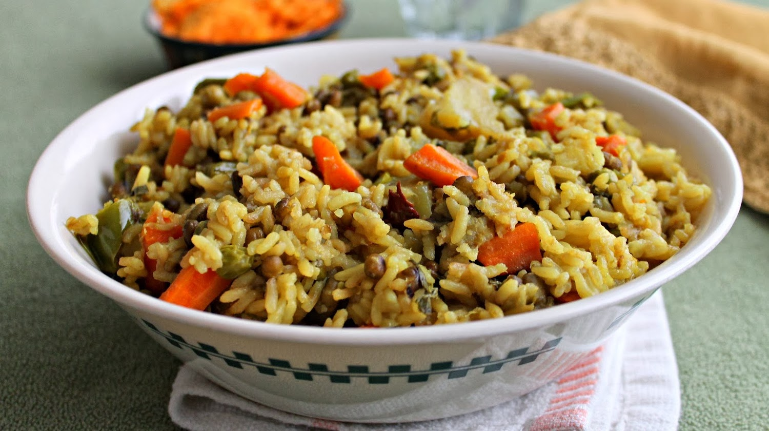 http://recipes.sandhira.com/vegetable-khichdi.html