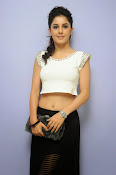 Isha Talwar Charming photos-thumbnail-12