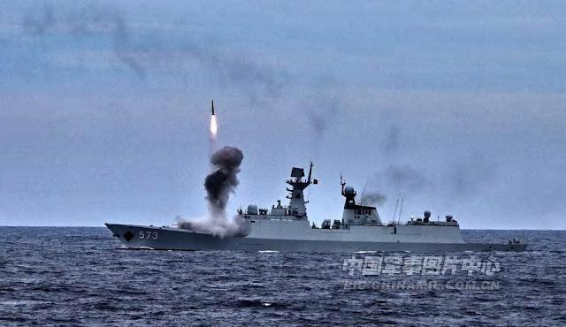Tàu chiến Hải quân Trung Quốc tập trận bắn đạn thật ở biển Đông