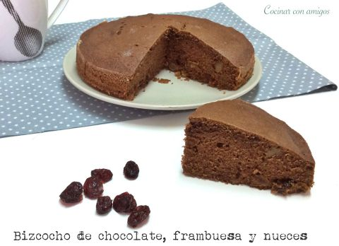 Bizcocho de Chocolate, Frambuesa y Nueces