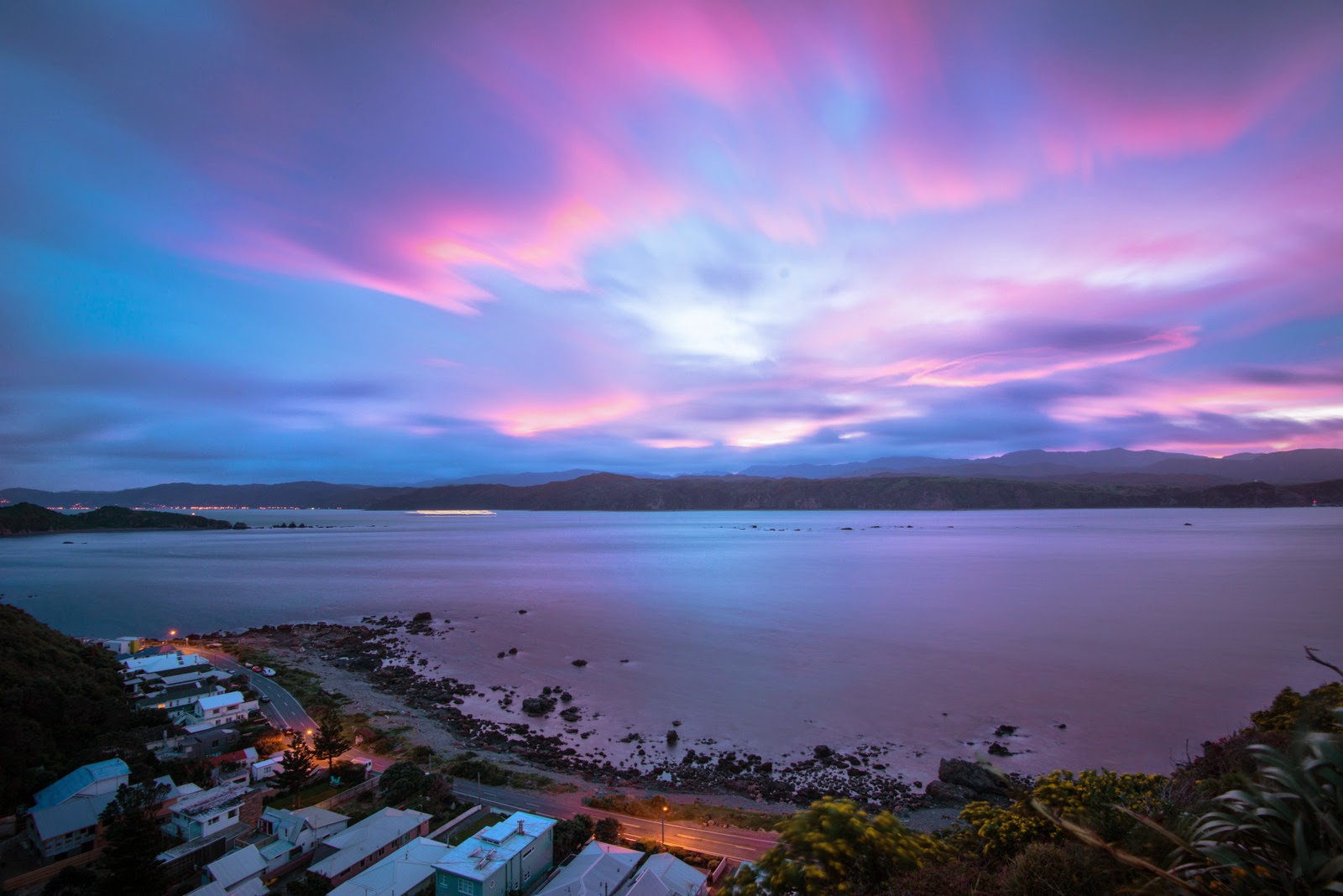 Pink skies over Wellington harbour from Ataturk Memorial