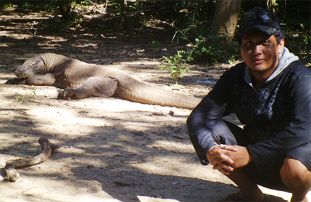 Mengamati Komodo