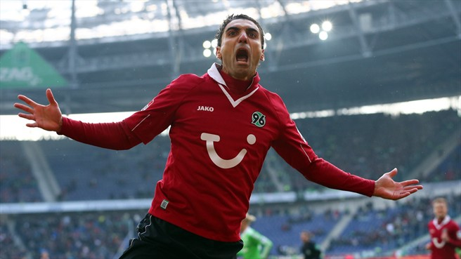 Stuttgart snap up Abdellaoue from Hannover authority sports